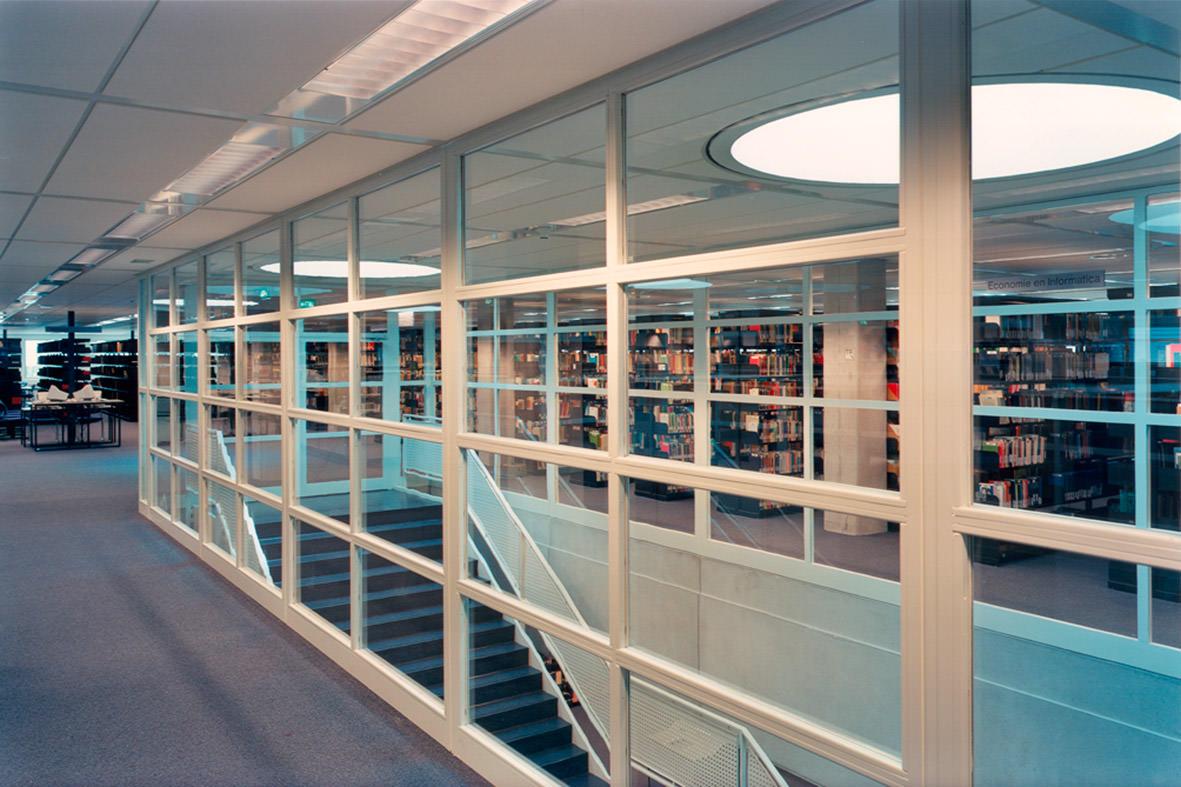 Bibliotheek 05